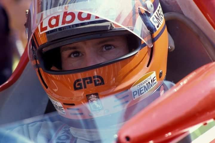 Gilles Villeneuve - Page 3 C_sx4b10