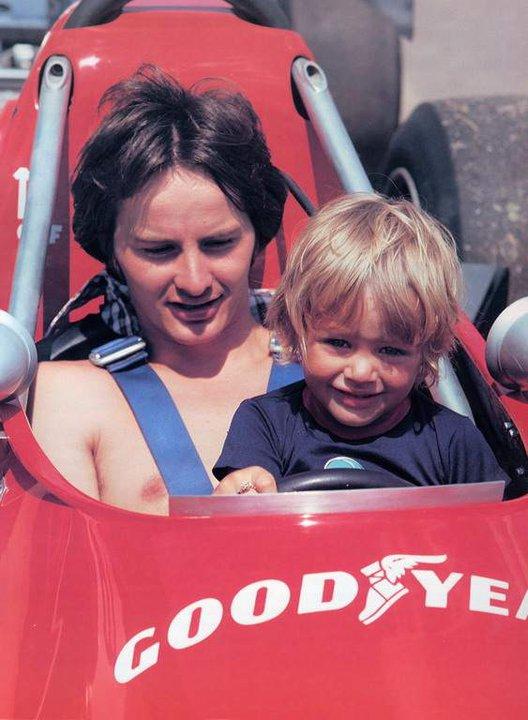 Gilles Villeneuve - Page 3 Villen10