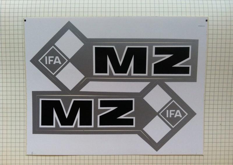 Des Autocollants Pour Décorer Nos MZ - Page 2 Greyif10