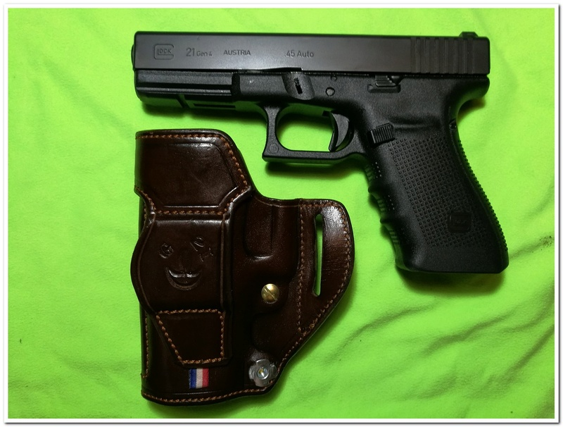 "ETUI ""STAND "" by SLYE pour mon Glock 31 Holste30"