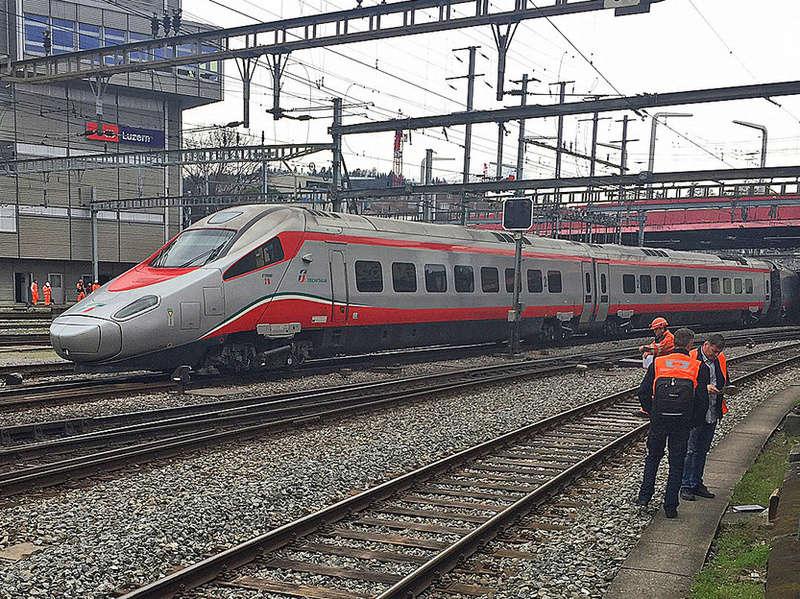 Déraillement d'un ETR 610 - Lucerne - Suisse Bild_s10