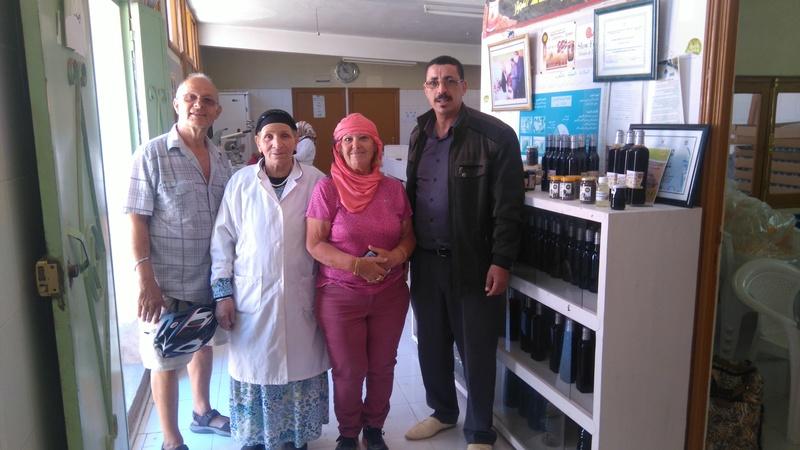 [Maroc/Commerces] Où acheter des dattes ? 097_ds10