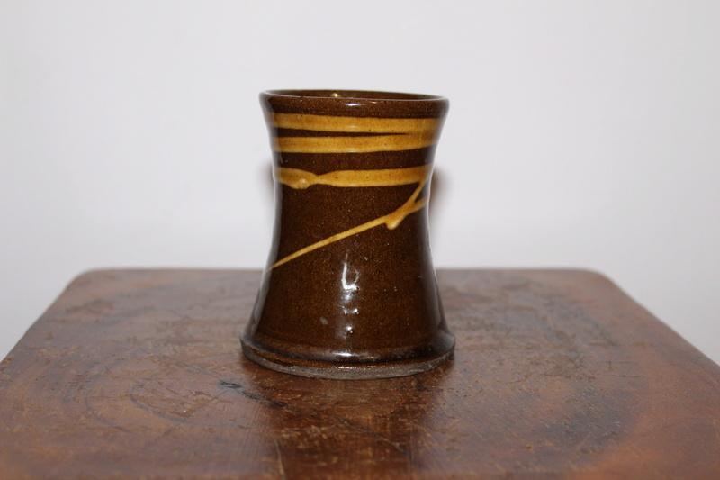 Crail Pottery Scotland, Grieve Families Potteries   Img_1610