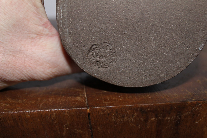 Crail Pottery Scotland, Grieve Families Potteries   Img_1614
