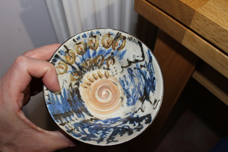 Mark -RES- on studio pottery bowl?? Img_3412