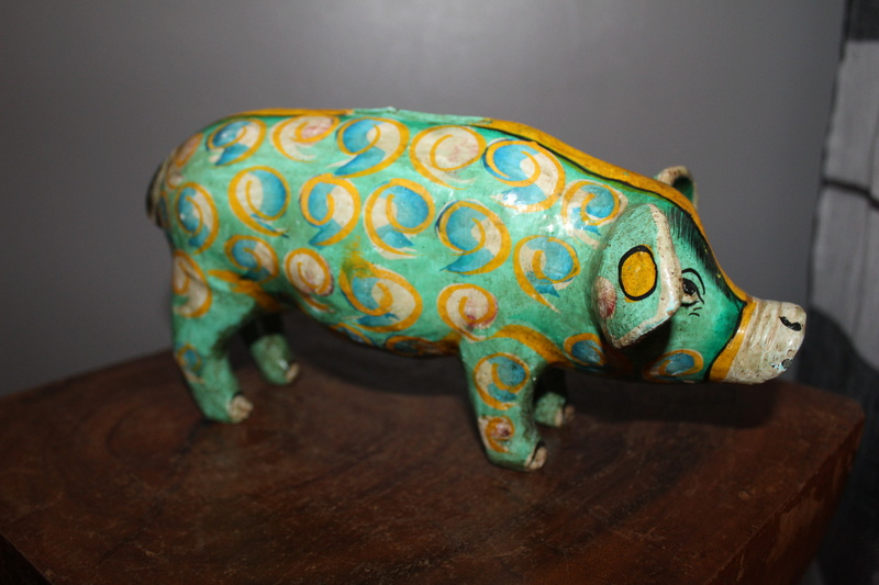 Pottery money pig Img_3718