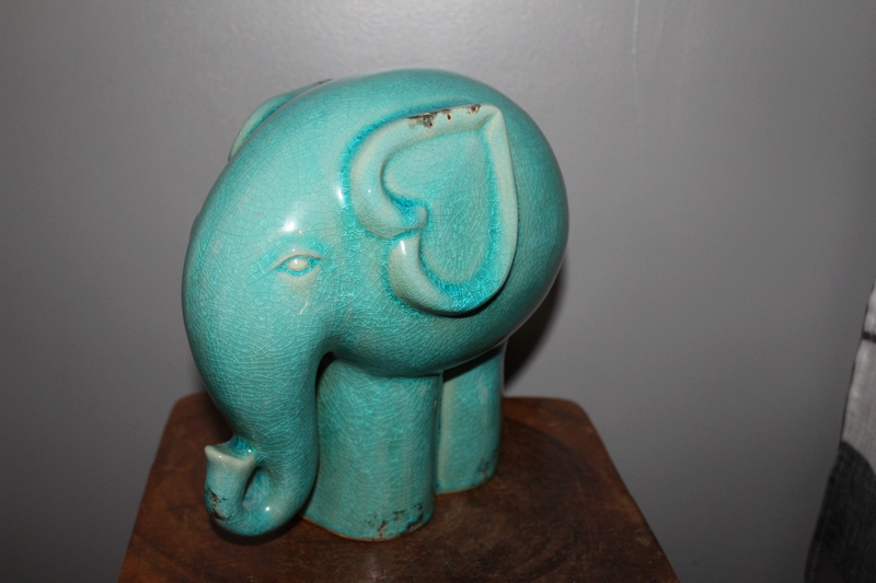 CRACKLE GLAZE ELEPHANT - Thai Celadon Img_4112