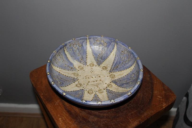 Mark on pottery?? Img_5214