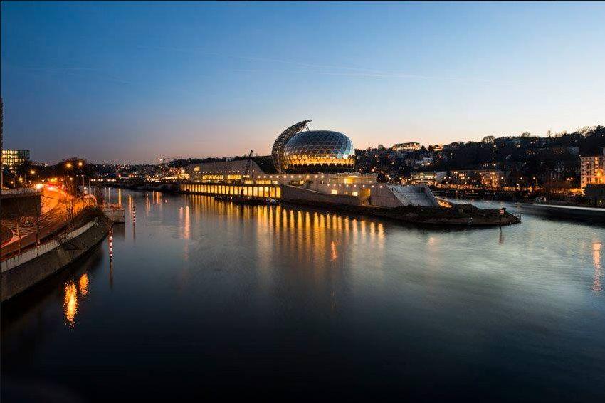La Seine Musicale de l'île Seguin - Page 6 Clipbo39