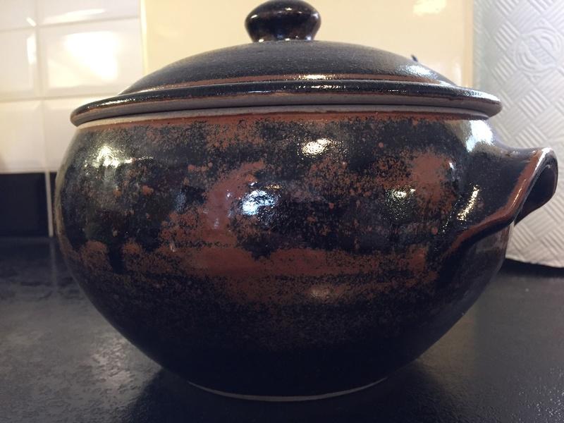 Large unsigned pot - Winchcombe? Img_1312