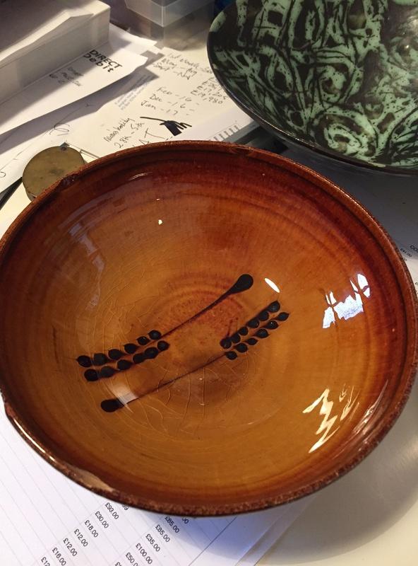 Wheatsheaf slipware bowl - Coldstone Kiln - Chris Harries & Mick Dixon  Img_1423