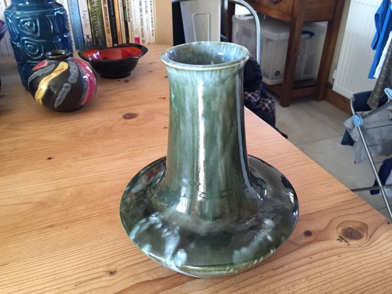 No marks but a nice shape and glaze Img_1521