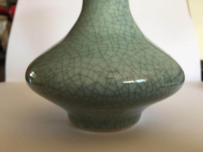 Crackle glaze vase - Chinese? Img_1625