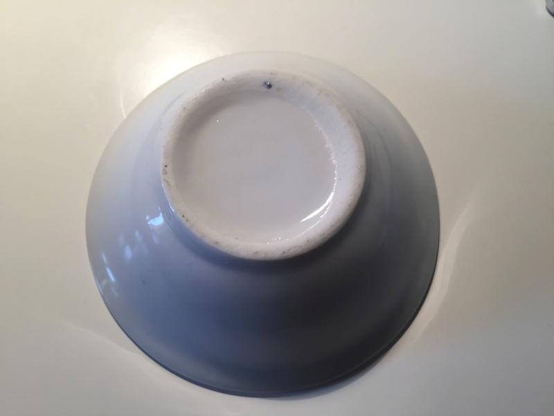 Measuring saucer - no mark Img_1723