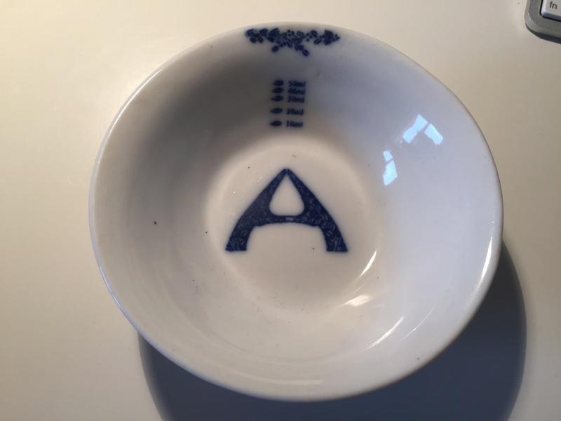 Measuring saucer - no mark Img_1724