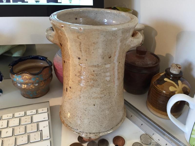 Studio pottery utensil holder? Img_1744