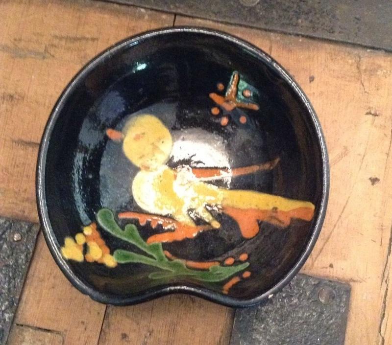 19th century slipware shaving bowl - Annecy Franc S-l16092