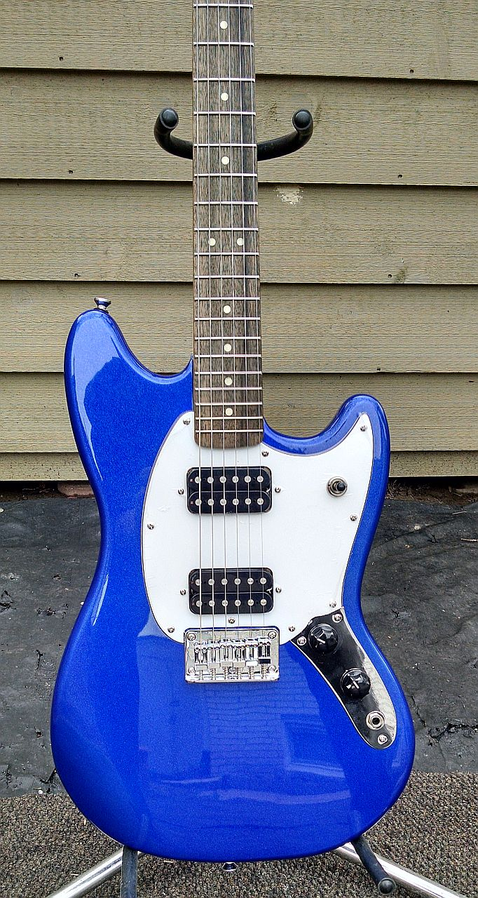 Daddy has a new toy [edit: added for search purposes]--> Squier Bullet Mustang! Squier16