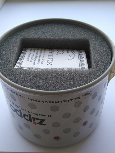 Les boites Zippo au fil du temps - Page 2 Dsc_0122