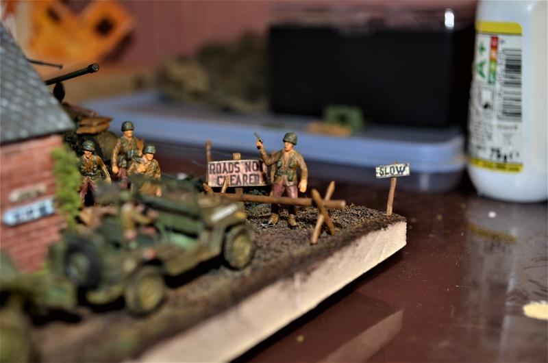 Division Leclerc HELLER 1/72 - Page 2 Dsc_0928