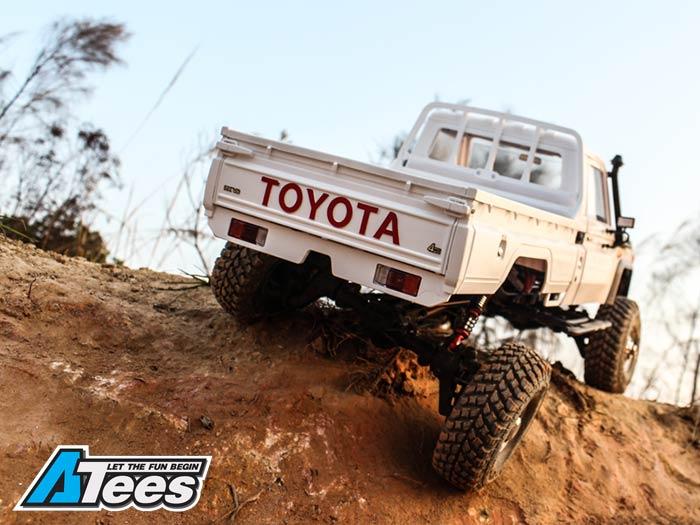 Toyota LC70 sur MST CFX-W 1/8. Cfx_w_18