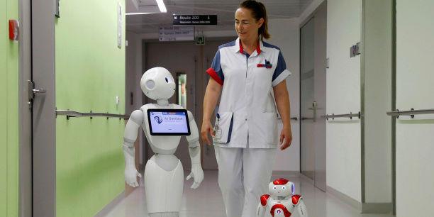 Activité 10 : Pour ou contre les robots au travail ? (avant vendredi 12 mai à minuit) Robot-11