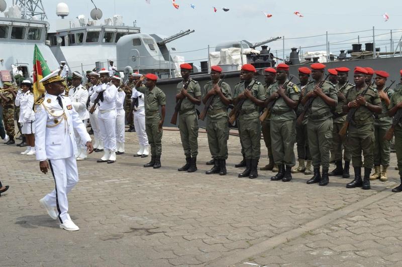 Forces Armées Camerounaises - Page 5 A1704111
