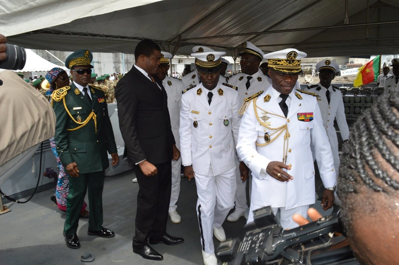 Forces Armées Camerounaises - Page 5 A1704910