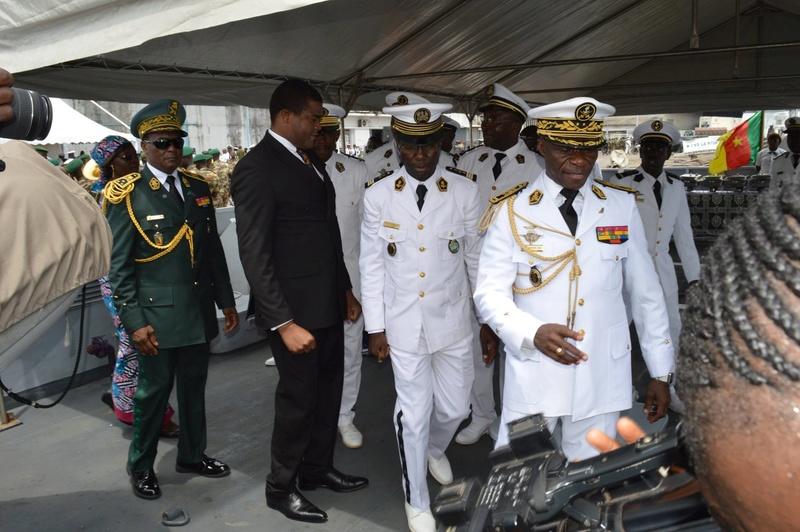 Forces Armées Camerounaises - Page 5 A1704911