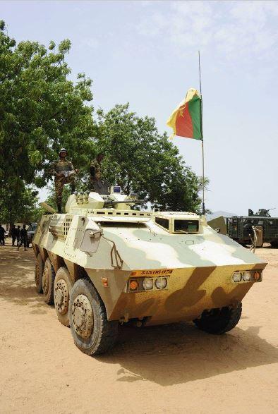 Forces Armées Camerounaises - Page 5 A1798410