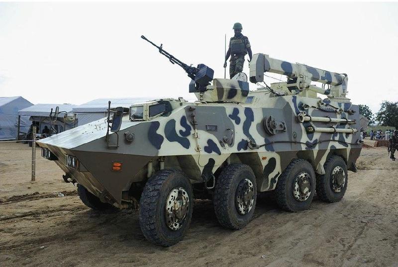 Forces Armées Camerounaises - Page 5 A1798510