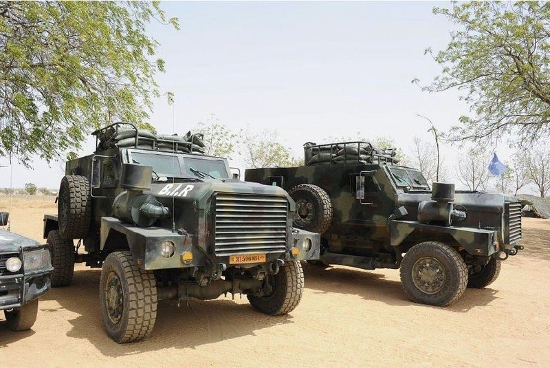 Forces Armées Camerounaises - Page 5 A1798610