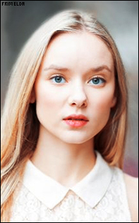 Alexandra Dowling - Page 2 Alexan22