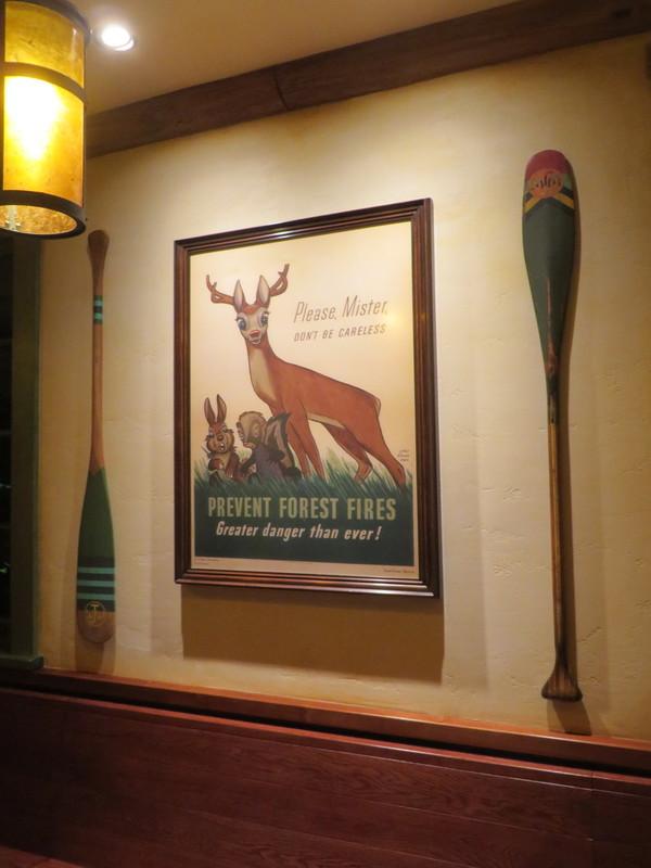[Tokyo Disneyland] Nouveaux Meet & Greet et restaurant à Westernland (22 novembre 2016) Bambi10