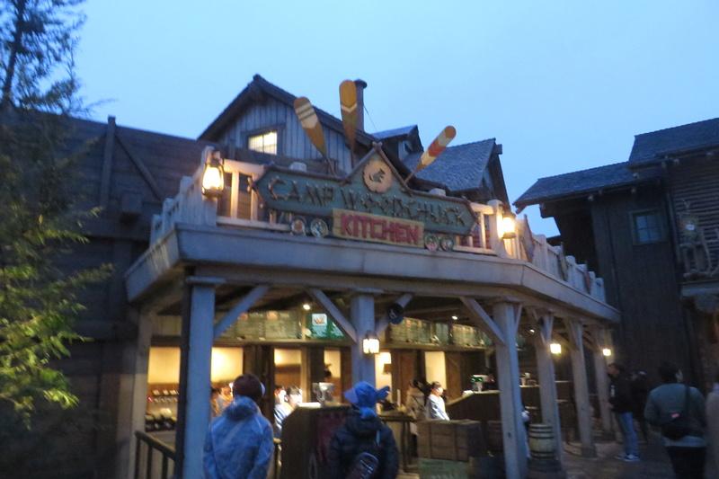 [Tokyo Disneyland] Nouveaux Meet & Greet et restaurant à Westernland (22 novembre 2016) Img_1110