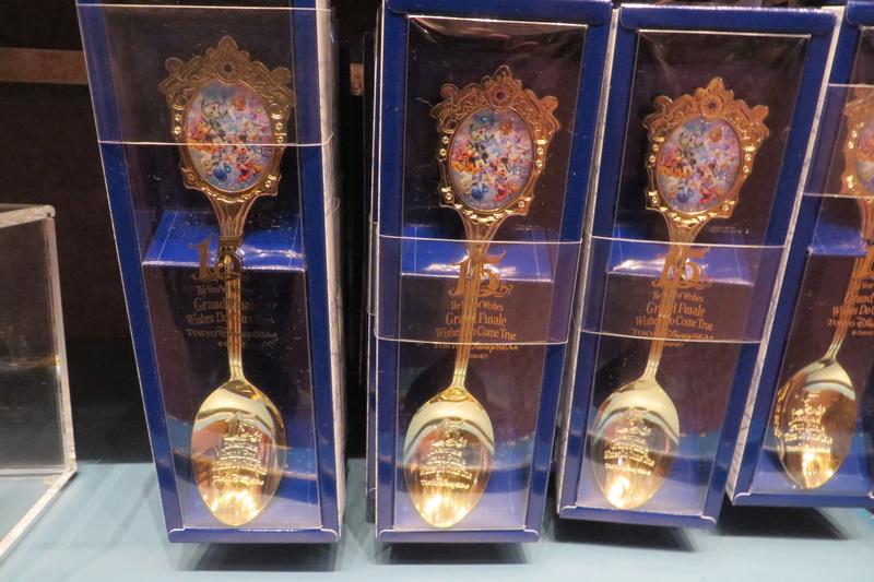 """[Tokyo DisneySea] : 15th anniversary """"The Year of Wishes"""" merchandising Img_1132"""