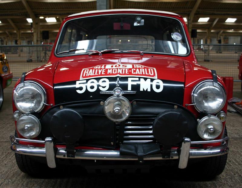 """Comptage en image """"thème automobile"""" - Page 24 569_fm10"""