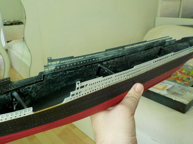 Titanic 1/400 de Revell - Page 7 Dscn0511