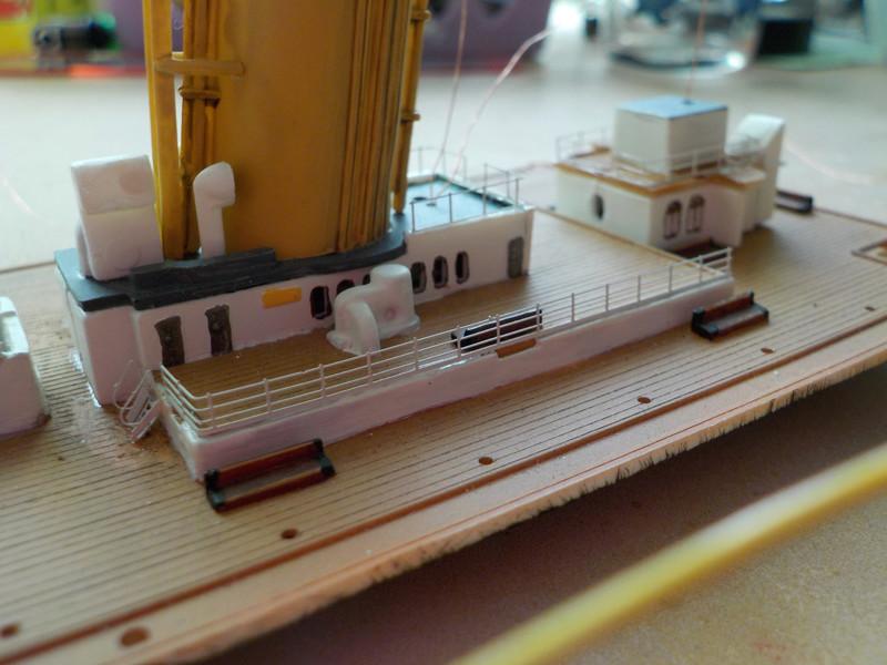 Titanic 1/400 de Revell - Page 9 Dscn1326