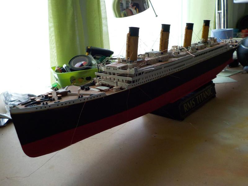 Titanic 1/400 de Revell - Page 10 Dscn1913