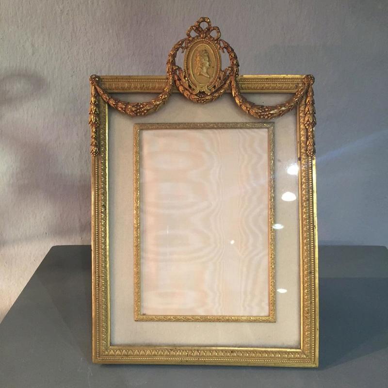 A vendre: meubles et objets divers XVIIIe et Marie Antoinette - Page 7 24851910
