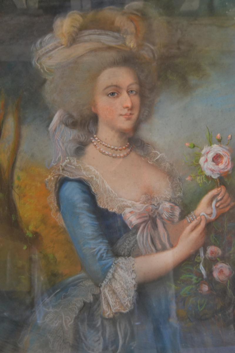 Variations sur le portrait à la rose - Page 11 25366210