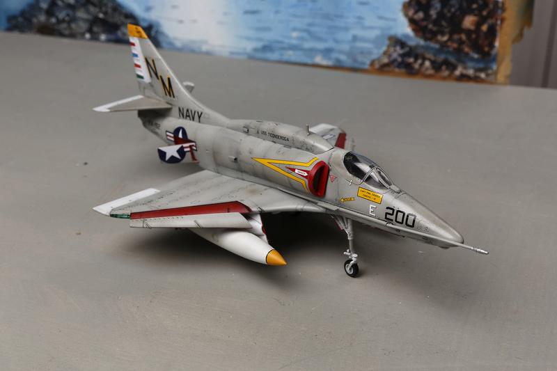 A-4 SKYHAWKS Douglas A4   Eduard ref 1197 _ano5214