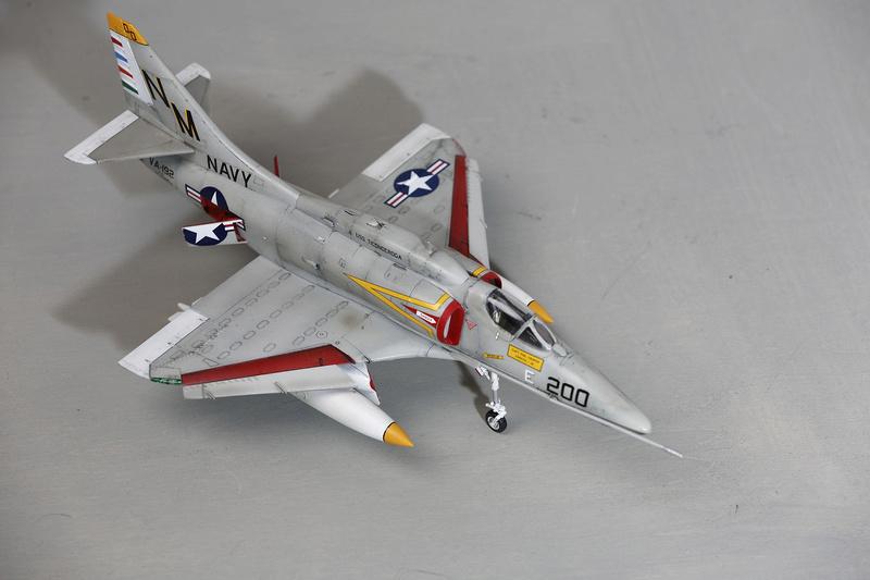 A-4 SKYHAWKS Douglas A4   Eduard ref 1197 _ano5217