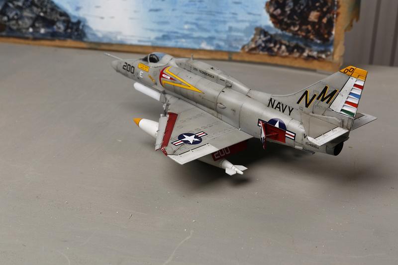 A-4 SKYHAWKS Douglas A4   Eduard ref 1197 _ano5315