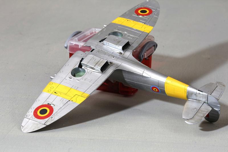 Spitfire MK IXc 1/48 Eduard ref 8281 Spit0010