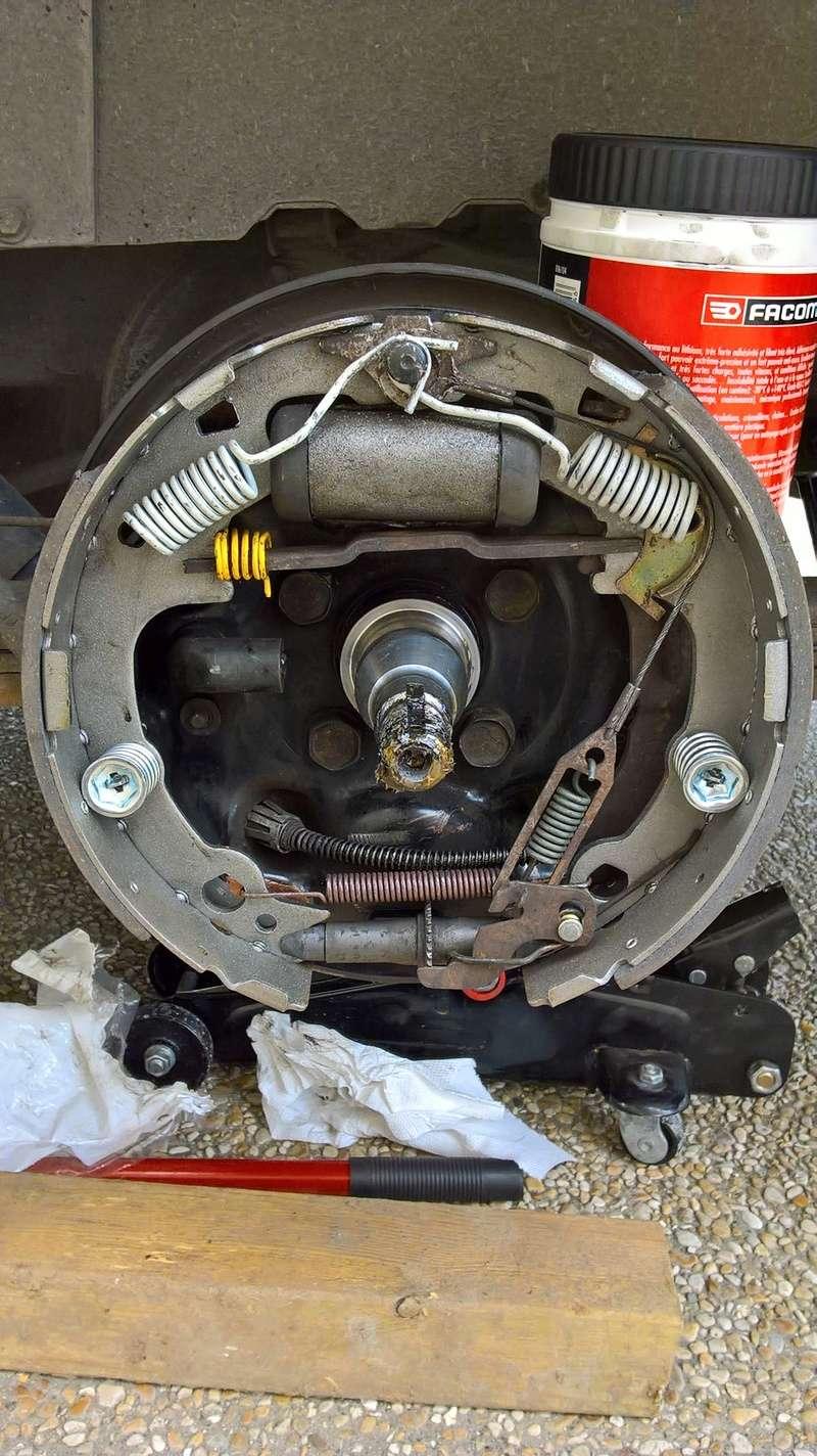 Remplacement garnitures de frein arrière Wp_20110