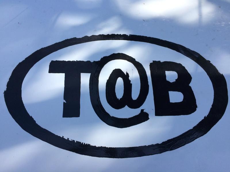 Un logo tout neuf Tb_pei10