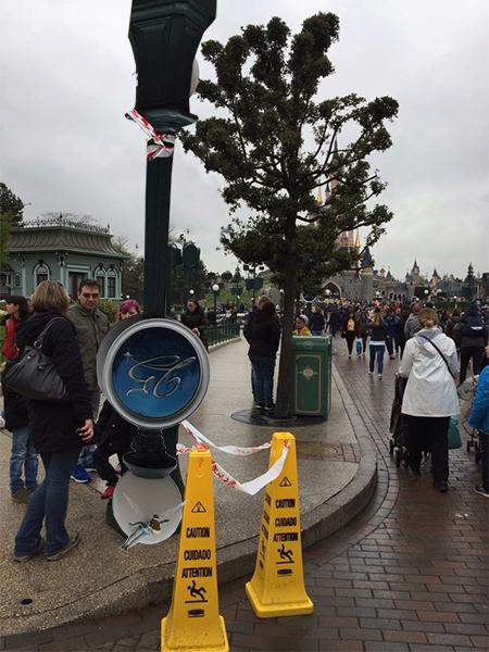 Les nombreux et différents problèmes de Disneyland Paris - Page 6 C9ch2i10