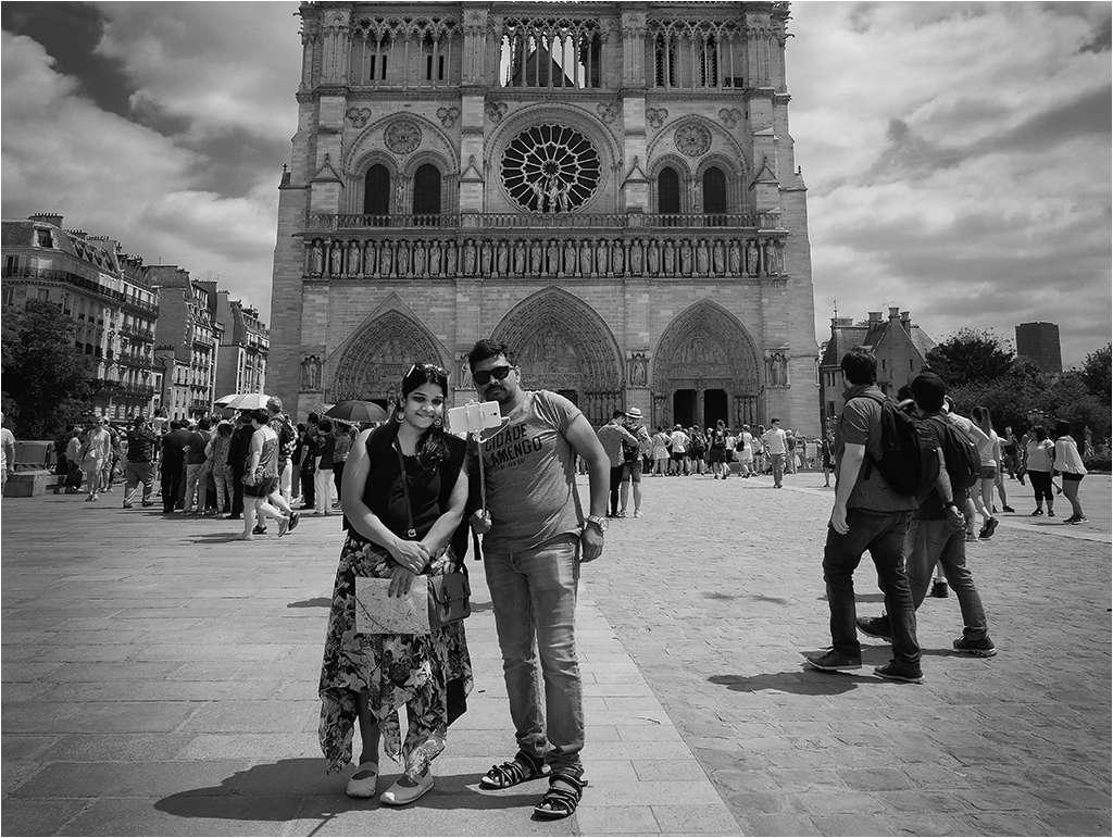 """"""" The lady of Paris ...."""" plus un ajout... _1050612"""